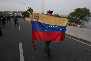 Estudio evidencia fuerte disminución en las solicitudes de refugio de venezolanos