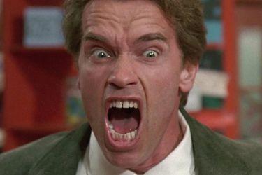 """Un cine sacó de su cartelera a Kindergarten Cop de Schwarzenegger luego de quejas por su representación de """"vigilancia excesiva"""""""