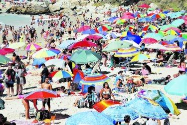 Aforos en vacaciones: qué permite el Paso a Paso y qué no