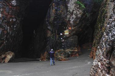 Búsqueda de turistas desaparecidos en Cobquecura se extiende hasta el lunes esperando marea más baja
