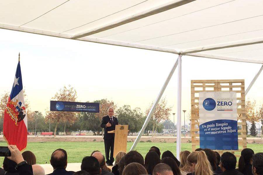 Sebastián Piñera anunciando descarbonización