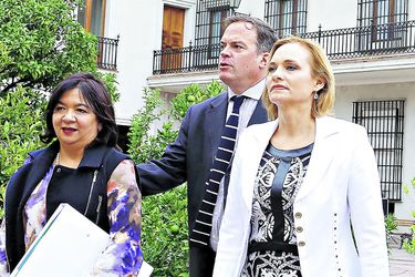 Timonel DC cuestiona actuar de sus parlamentarios
