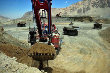 Royalty minero avanza en el Senado: Comisión de Minería y Energía aprueba idea de legislar