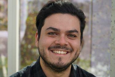 """Sebastián Zumelzu, autor de Conexión de perdedores: """"Sería interesante que la relación blog/libro sea una constante"""""""