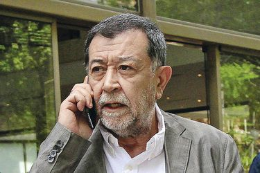 """La dura arremetida de Mahmud Aleuy por crisis Ejecutivo-PS: """"Este gobierno le ha dejado de dar conducción a Chile (...) Tenemos un gabinete interdicto"""""""
