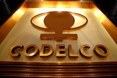 Codelco prevé usar alza en precio del cobre para financiar planes sin elevar deuda