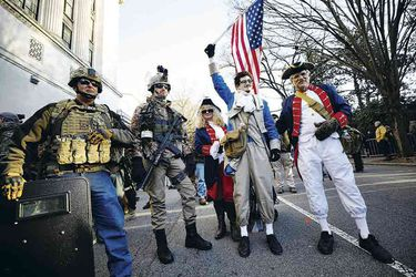 Gun-supporters-gather-in-Richmond-,-Virginia-(47863252)PW