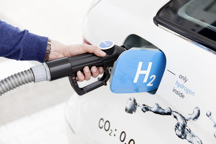 ¿La nueva alternativa al cobre? AME, Enel y Enap anuncian plan piloto para primera planta de hidrógeno verde en Chile