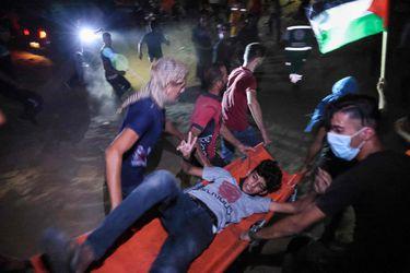 Un palestino muerto y 15 heridos en enfrentamientos con las fuerzas israelíes en sexta noche de protestas en Gaza