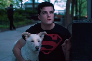 Una foto del detrás de escenas ofrece el primer vistazo a Superboy en la tercera temporada de Titans