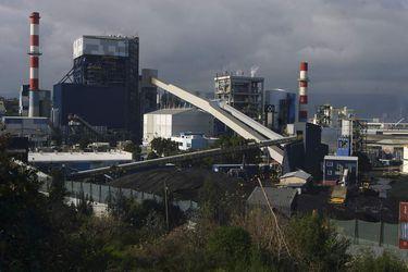 Enel adelanta salida de sus centrales en Coronel y dejará de operar con carbón en Chile en 2 años