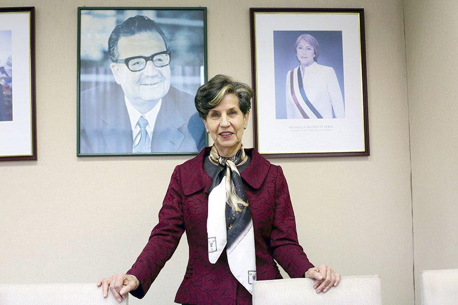 La senadora PS, Isabel Allende.