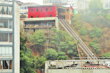 Investigarán causas de caída de ascensor Concepción en Valparaíso
