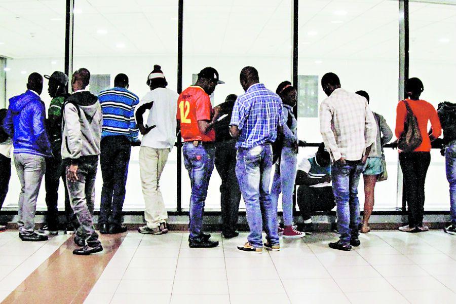 Imagen Inmigrantes Haitianos llegan a chile (41214271)