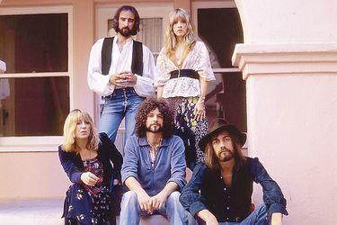 Fleetwood Mac se acerca a Chile con un revelador libro y el debut de su banda tributo oficial