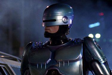Neill Blomkamp ya no dirigirá Robocop Returns