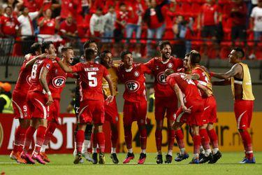 Unión La Calera elimina a Fluminense