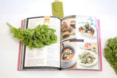 10 grandes libros para cocinar, leer y aprender este verano