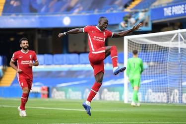 Mané conquista Stamford Bridge y le da una nueva victoria al Liverpool