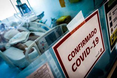 """""""Creía que era inmortal""""; """"Tengo una culpa increíble"""": aumentan los lamentos de antivacunas que enferman gravemente con Covid"""