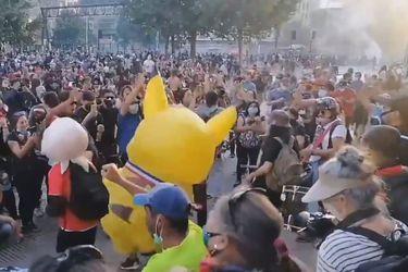 Barricadas y desvíos de tránsito en la Alameda en nueva jornada de protestas