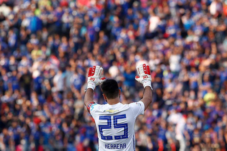 Johnny Herrera se retira del fútbol profesional.
