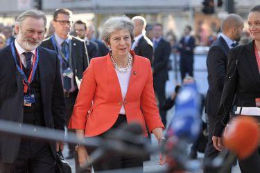 Presidente de Consejo Europeo rechaza propuestas de Theresa May y fija plazo límite para cerrar acuerdo sobre el Brexit