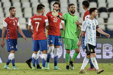 ¿Quién es el futbolista chileno más popular en redes sociales? ¿Cuál fue el gol más compartido en Instagram? Estudio muestra el comportamiento de hinchas chilenos en Internet en 2021