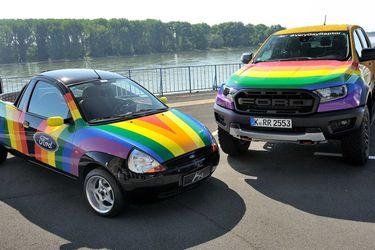 Very Gay Raptor: el orgullo de Ford contra la homofobia