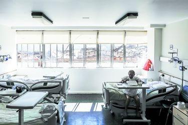 Un hospital herido que vuelve a la batalla: la reapertura del San Borja con pacientes Covid-19