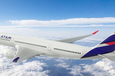 Acciones de Latam Airlines lideran las alzas en la Bolsa de Santiago tras aprobación de plan de financiamiento