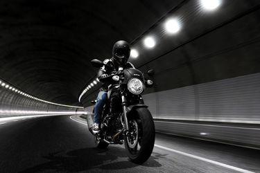 Suzuki SV650X: moderna apuesta con las cosas lindas del pasado