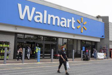 Walmart retirará requisito de la mascarilla para los clientes vacunados en EEUU