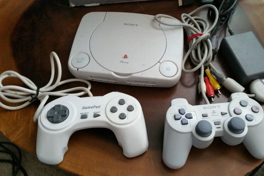 works-great-playstation-1-ps1-slim-console-bundle-with-box-system-psone-ps-one-0ef12cdf1e672ab40a0eada9404522f7