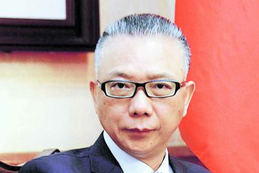 """Xu Bu, embajador de la República Popular China en Chile: """"Estados Unidos siempre intenta imponer sus propios intereses sobre otros países"""""""