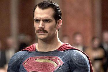 La verdad tras el origen del bigote de Henry Cavill