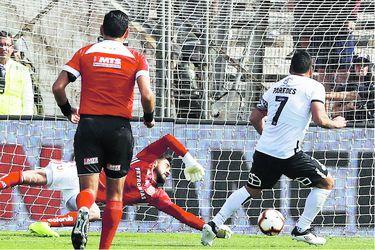 Del Tati a Paredes: los hombres récord del fútbol chileno