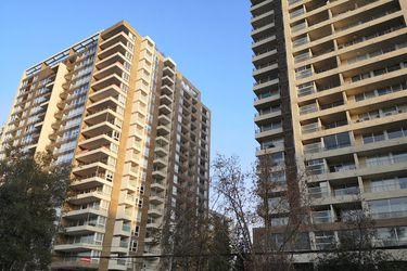 Venta de viviendas en la Región Metropolitana retoma crecimiento en el tercer trimestre: precios  de casas y departamentos siguen al alza