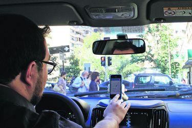 Senado aprobó por amplia mayoría Ley Uber y abrirá consulta pública para recibir propuestas de los usuarios