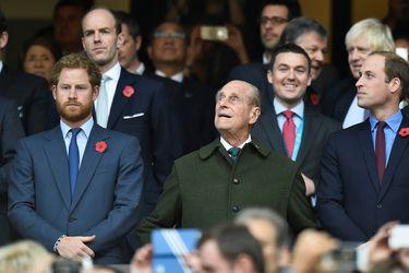 Príncipe Harry llega a Inglaterra para asistir a funeral de su abuelo el Príncipe Felipe