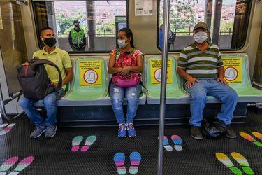 """La advertencia del presidente de Colombia: """"Vamos a tener Navidad con coronavirus"""""""