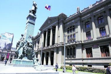 Corte de Apelaciones de Santiago ordena al Fisco pagar $ 40 millones a 31 de los 33 mineros de Atacama