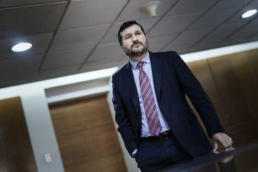 """Fiscal Barros tras detención de Solar y Caballero: """"Si la bomba enviada a Hinzpeter se hubiese activado, habría volado el piso entero"""""""