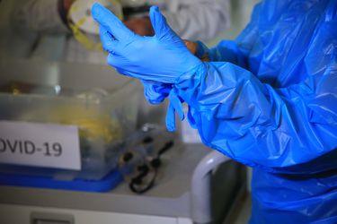 España: Los casos por coronavirus se elevan a 135.032 y a 13.055 fallecidos, pero continúan en descenso
