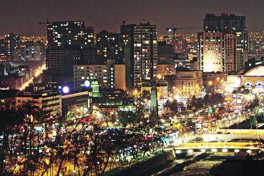 Vistas Nocturnas de Santiago