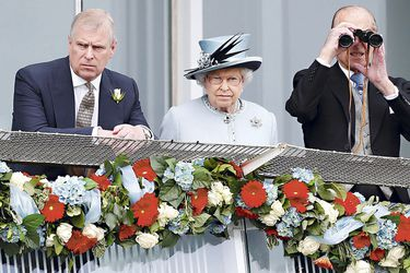 FILE-PHOTO_-Britain's-Queen-Elizabeth-watches-the-Epsom-Derby-with-Prince-Andrew-and-Prince--Philip-(47342768)