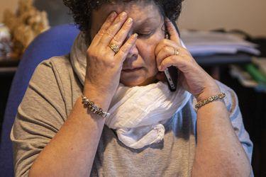 Mujeres sienten más culpa y agobio que los hombres ante deudas: más de la mitad se reconoce complicada por este tema