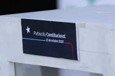 """Plebiscito: Ministro Monckeberg afirma que texto final de una eventual nueva Constitución """"debería ser aprobado por 2/3 en una convención"""""""