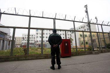 Renuncian tres oficiales de Gendarmería tras fuga de seis reos de cárcel de Valparaíso