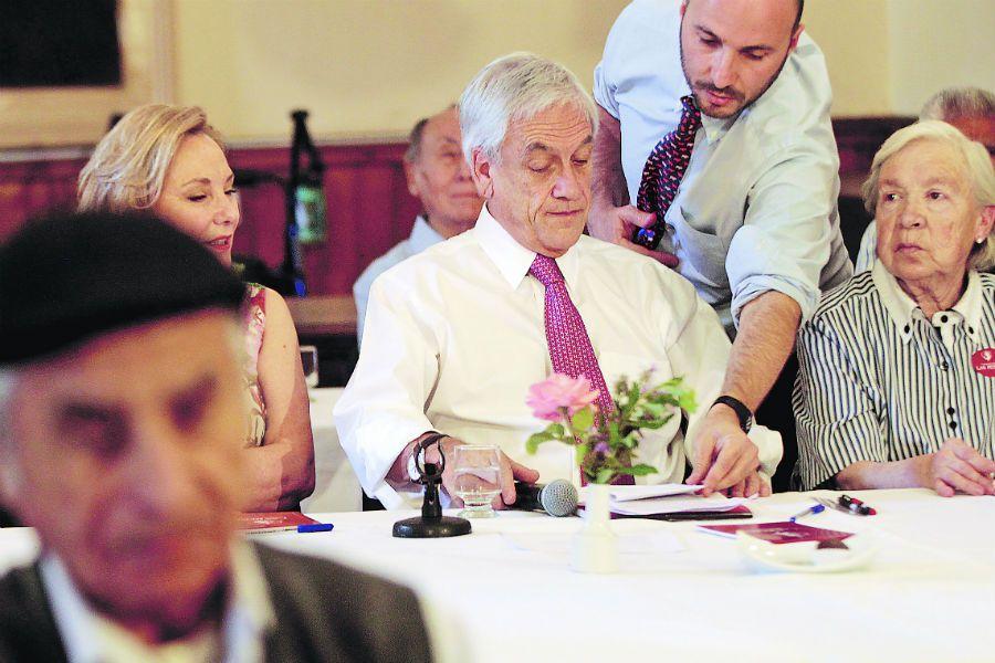 Piñera en Fundacion Las Rosas (47357136)